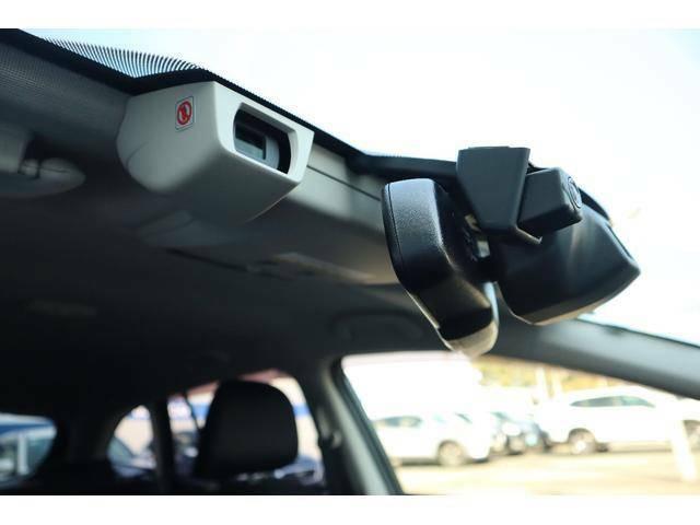 先進の運転支援システムアイサイトはVer.3を搭載