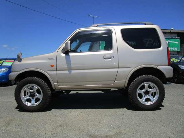 4WDをお探しの方オススメの一台です♪お問い合わせをお待ちしております!