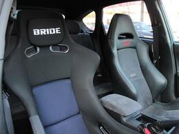 運転席はBRIDE製のフルバケットシート装備!ホールド感が違います!