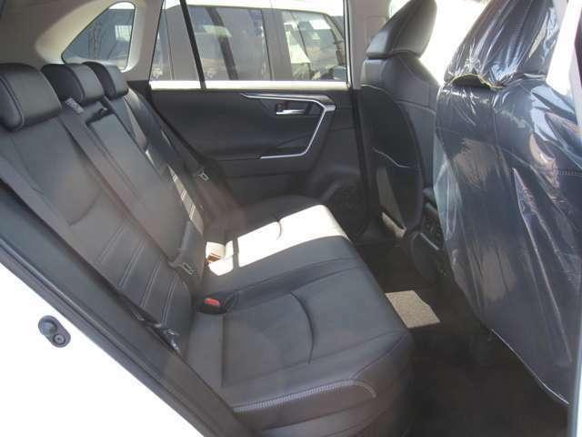 中古車販売に関する正しい知識を持ち、お客様の信頼を得られるよう努力しております。
