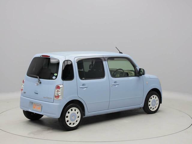 4人乗りの軽自動車「ミラココア」です。