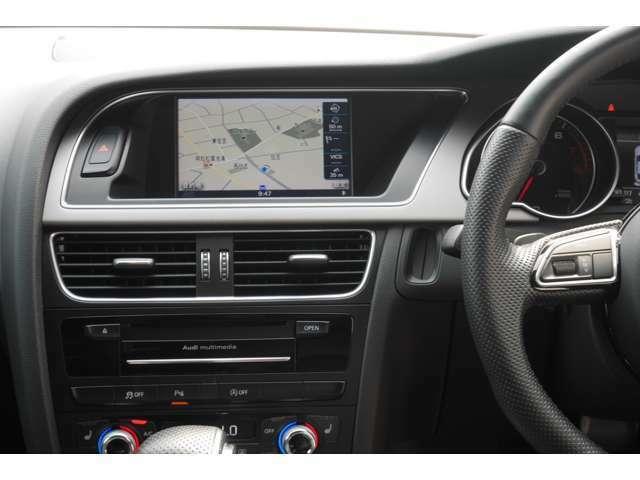 純正HDDナビ、バックカメラ、ETC車載器、クルーズコントロール、レザーシート、パワーシートが標準装備されています。