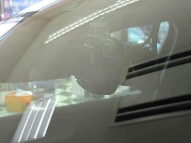 万が一の際にも安心なドライブレコーダー付き!