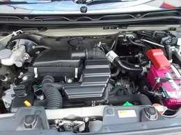 ご納車の前に当社のサービス工場で点検整備(法定12ヵ月点検)をおこないエンジンオイルやワイパーゴムの交換をいたします。