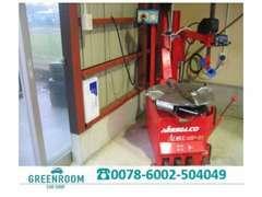 ◆タイヤチェンジャーも配備し、自社で柔軟にお客様のご要望に対応します。中古タイヤ&ホイールのご提案も得意です!◆