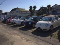 厳選した程度良好な車両を中心に、展示場にて全車低価格帯で販売しております。