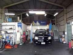 作業ガレージ完備