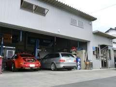 他店で購入されたお車でもご相談下さい。輸入車専門店ならではの豊富な知識でお応えします。