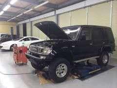 提携四国運輸局指定工場にて、車検・整備・鈑金塗装も可能です。