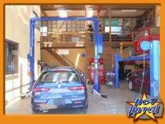 提携先のアルファロメオ専門認証工場のガレージ ル・テオです。