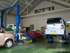 全車認証工場にて法定点検を受けてから納車しております。