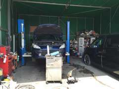 輸入車ディーラーで経験を積んだ整備士が、きちんと整備致します
