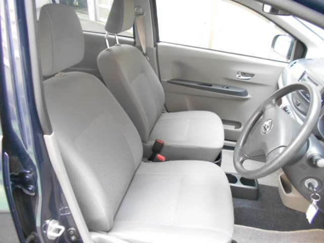 フロントシートです。