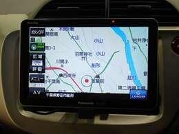 社外ポータブルナビを装備☆多彩な機能で快適ドライブをアシスト☆