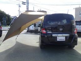 カーサイドタープ・車中泊マット付き販売車です。 ※写真は撮影用ですので新品をお付けいたします。