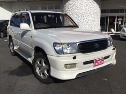 トヨタ ランドクルーザー100 VX-LTD Gセレクション 4WD 本革シート