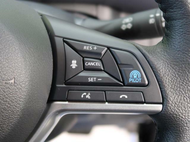 【プロパイロット機能】付☆予め設定した車速内でクルマが自動的に加減速。 前走車との適切な車間距離を維持しながら追従走行し、快適な長距離運転を支援。