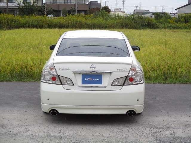 常時、買取り・下取りに力をいれております。中古車全般を高価買取り、下取り実施中!お気軽にご来店ください!他店で0円と言われても諦めずにご連絡下さい。