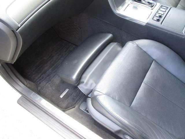 お客様の車の使用状況に合わせた適切なアドバイスをさせて頂きます。タイヤのサイズが分からない、どのオイルを入れればいいのか迷ってしまう、そんな方はお気軽にご相談下さい。
