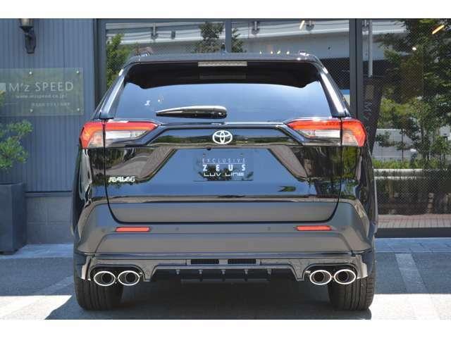 ■インテリジェントクリアランスソナーが装備されておりますので、車庫入れや狭い道でも安心してお乗りいただけます。