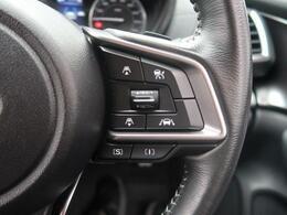 アダプティブ・クルーズコントロール高速道路で便利な自動で速度を保つクルーズコントロールが、衝突軽減システムと連携し、前方の車両を感知して車間を保つように速度調節してくれます!!