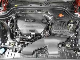 BMW製2.0L直列4気筒クリーンディーゼルエンジン。170PS/360Nm(カタログ値)