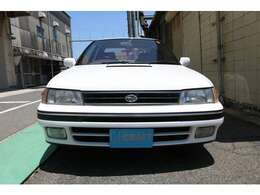 長い年数経過した車両です。写真では比較的綺麗に見えますが細かなキズ、劣化は御座います。現車確認をお勧めします。