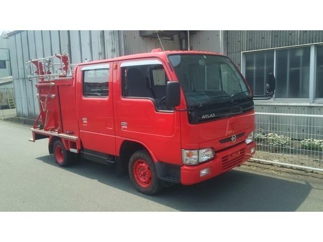 走行4500キロ!!2000ccガソリンエンジンの上質消防車が入庫致しました!!町内消防団用、工場構内用やマニアの方いかがですか?