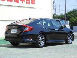 Honda中古車商品化整備基準に基づく法定12ヶ月点検整備を実施いたします。点検整備記録簿もお渡しいたしますので、より安心してお乗りいただけます。