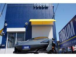 エンジン V型8気筒DOHCツインターボ 3800cc 駆動方式 RWD 7速DCT 600PS(カタログ数値) トップスピード328km/h 0-100km/h加速2.9秒