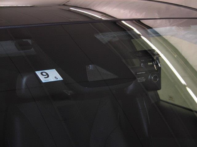【安全装備】走行安全支援装備です。各種のセンサーで危険を感知し、複数の機能で事故に備えます。