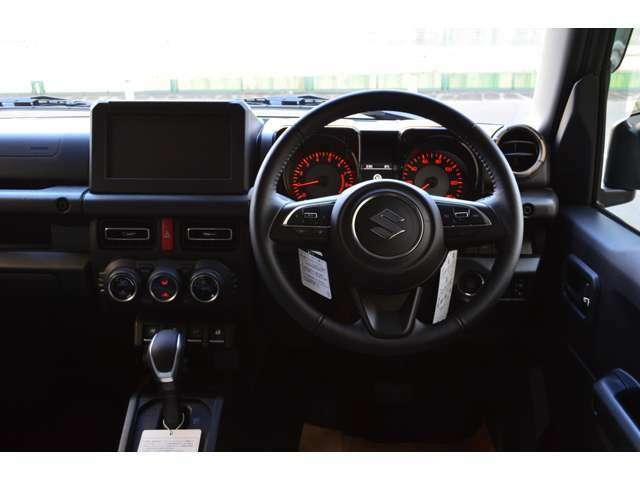 運転席・助手席・色々な場所にエアーバック装備!運転中に事故など起こっても安全装置が作動しますので安心してお乗りになれます☆★