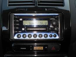 CDチューナー付き☆お気に入りの音楽を聞けば長距離の運転も苦になりません!