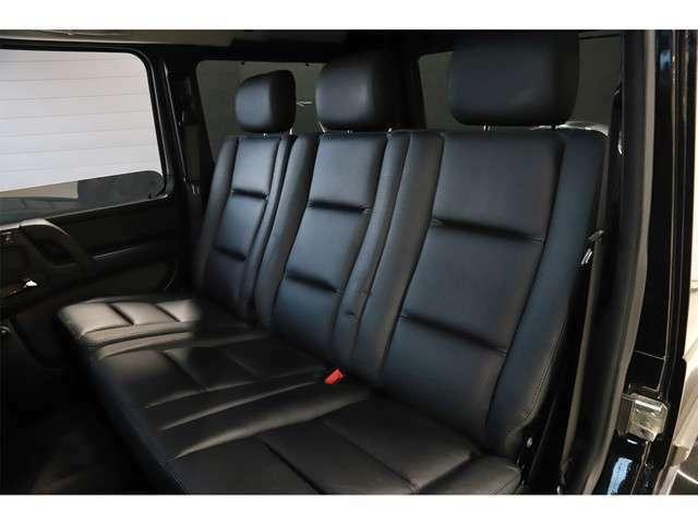 後席にもシートヒーターが付いております。