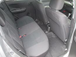 新車保証継承、もしくはスズキOK保証をお付けしてお渡しいたします。保証内容は車ごとに異なります。スタッフにお問合せください。