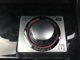 コンビシート/4WD/ターボ/後席モニター/社外HDDナビ/バックカメラ/ワンセグTV/CD/DVD/プッシュスタート/半革シート/ETC/SI-DRIVE