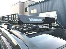 YAKIMA製ロードウォーリア装着しましたので車内に積みきれない遊び道具もラックに載せれば遊びの幅も広がりますね☆