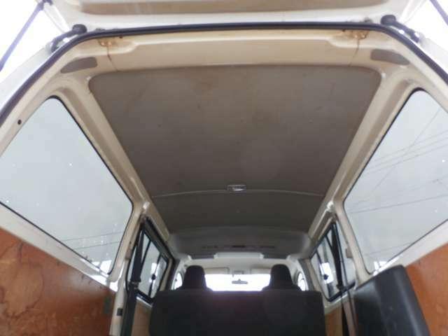 3.0ディーゼルターボ 4WD リアエアコン リアヒーター ナビ TV ETC付!!