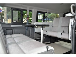 日産 NV350キャラバンワゴン 2.5 GX(オートスライドドア付) ロングボディ 低床 Grand vacation350 10人乗りキャンパー仕様