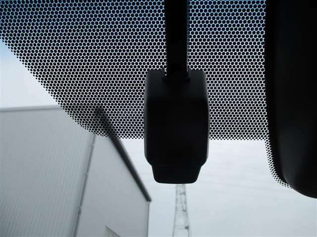 トヨタ純正ドライブレコーダー DRD-H68