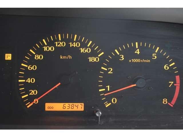 実走行6万3千km!当社では、修復歴有車、メーター改ざん車は取り扱っておりません。全て実走行距離のお車になります ご安心してカーライフをお楽しみください!