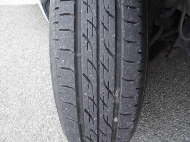 タイヤ残量まだまだあります♪