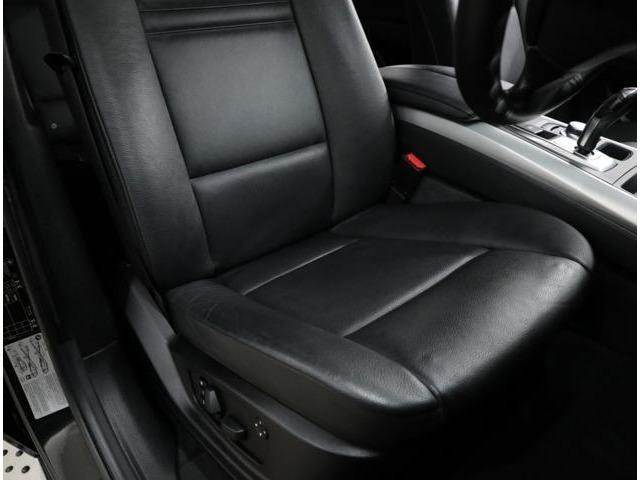 運転席シート。多少の使用感はありますが、気になるようなダメージはありません。