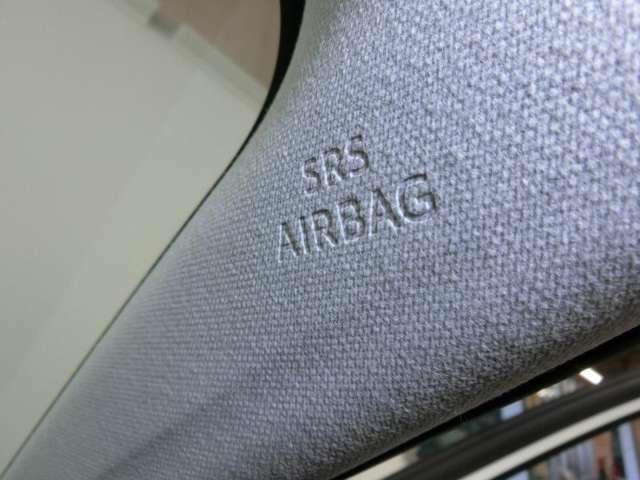 エアバッグは、運転席、助手席のほか、サイド、カーテン、後、膝えています。