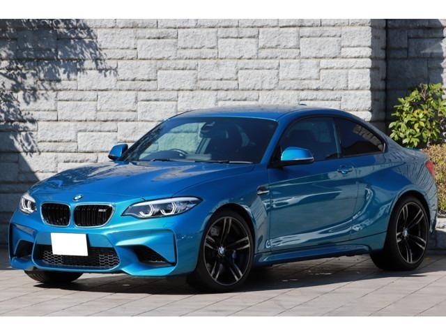 BMW M2 クーペ 6速MT 後期モデル タッチパネルiDriveナビ 黒革シート アダプティブLEDヘッドライト 純正19インチAW ワンオーナー