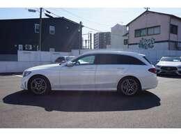日本各地ご納車を承っております。提携陸送会社がご自宅までお車をお届けします。陸送費もご相談ください。【電話番号 093-583-3481】
