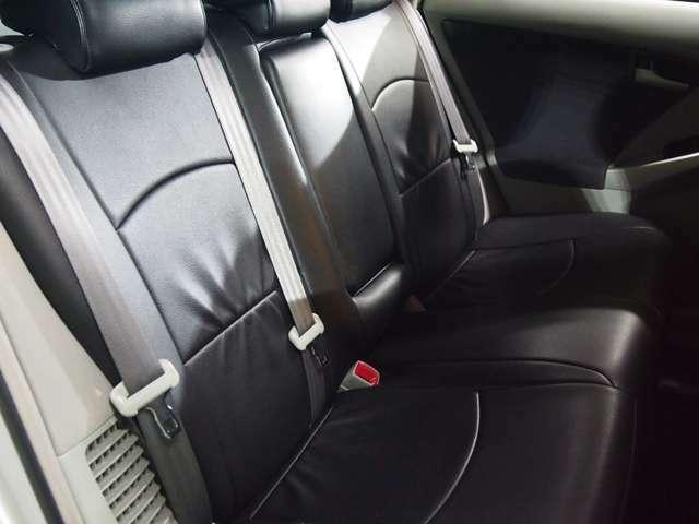 オプション多数!!!フルタップ式車高調・19インチアルミ・地デジ/ナビ・バックカメラ・社外ヘッドライト&テール・マフラー・ブラックウッド調パネル&ハンドル・エアロ。。。