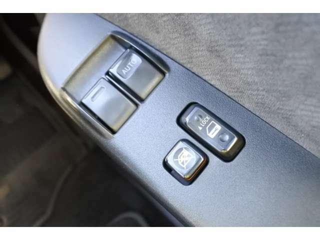 福岡のハイエース専門店ラインナップです!販売以外にも車検・修理・保険・板金塗装・ロードサービスなどお車に関することはなんでもお気軽にお問い合わせください!