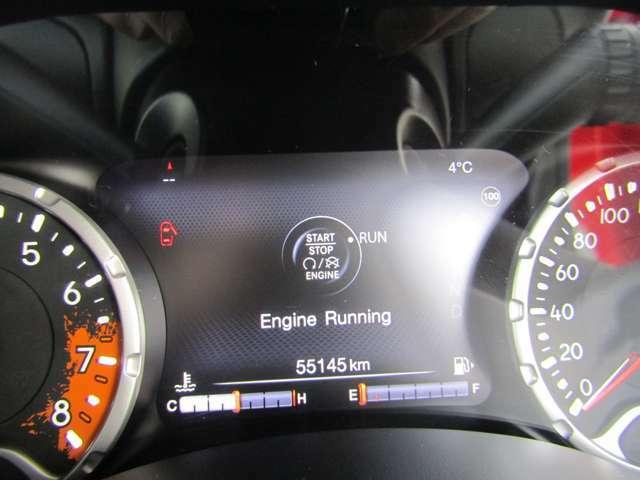 走行5.5万Kmとなっています。ABS、Wエアバック付きです。