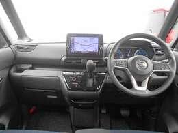 当社の展示・試乗車として使用しておりましたので内外装綺麗な状態ですので安心してお求め頂けます。